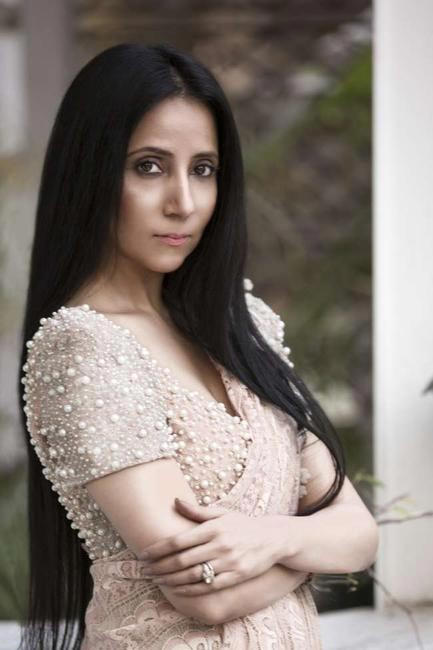 Anamika Khanna will present the finale show at LFW