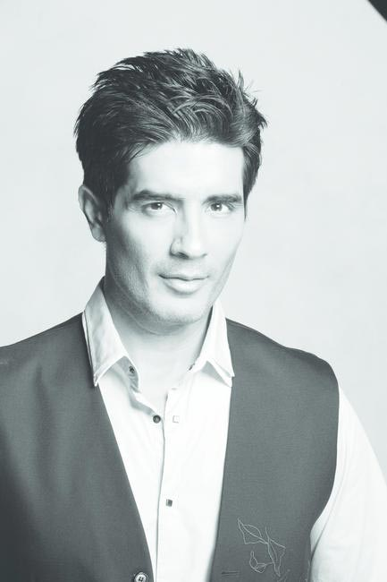 Manish Malhotra showcases tonight at LFW