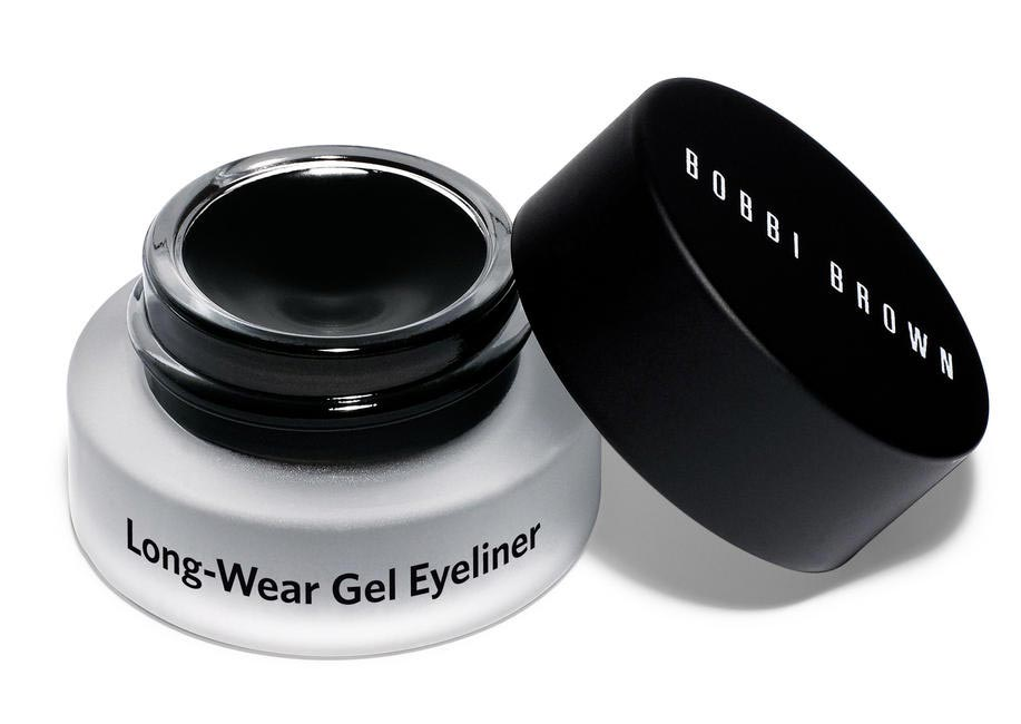 Pick a gel liner during the summer to prevent leaks and smudges