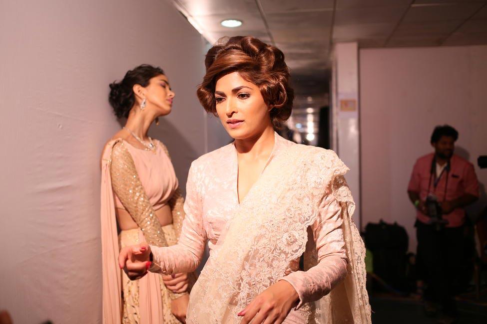 Other models backstage at the Lakmé Salon's Bridal Show