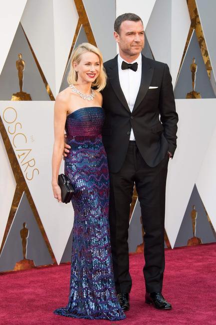Naomi Watts in Armani and Liev Schreiber