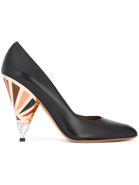 Lacquered pumps, Givenchy, Rs. 66,000 approx