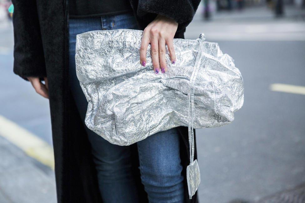 London street style FW16, juvinile bags