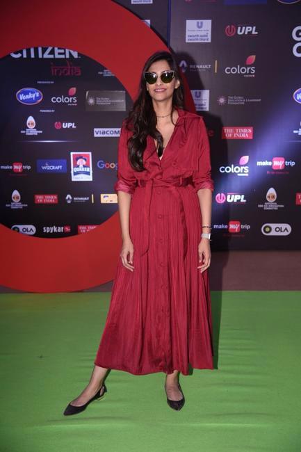 Sonam Kapoor wears Sameer Madan