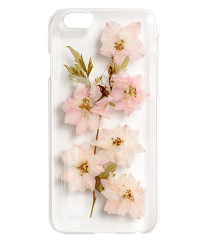 iPhone 6/6s case (INR 599 - H&M INDIA)