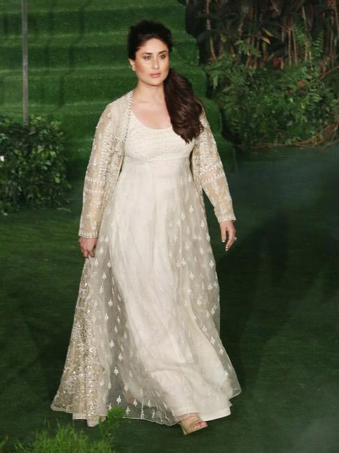Kareena Kapoor Khan For Anita Dongre