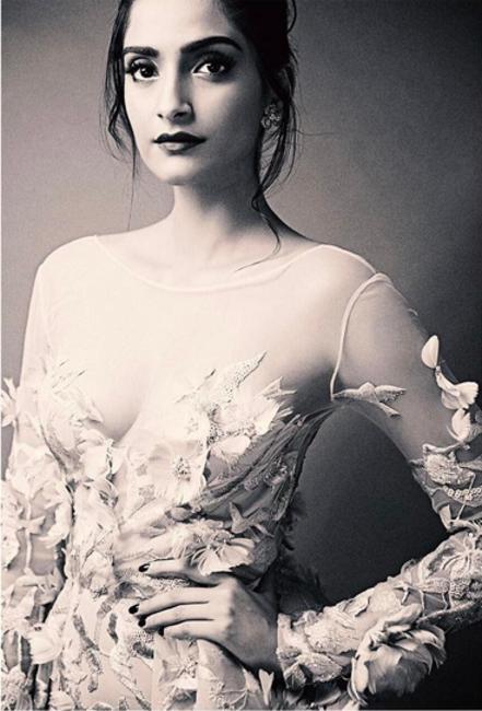 Sonam Kapoor | instagram.com/sonamkapoor