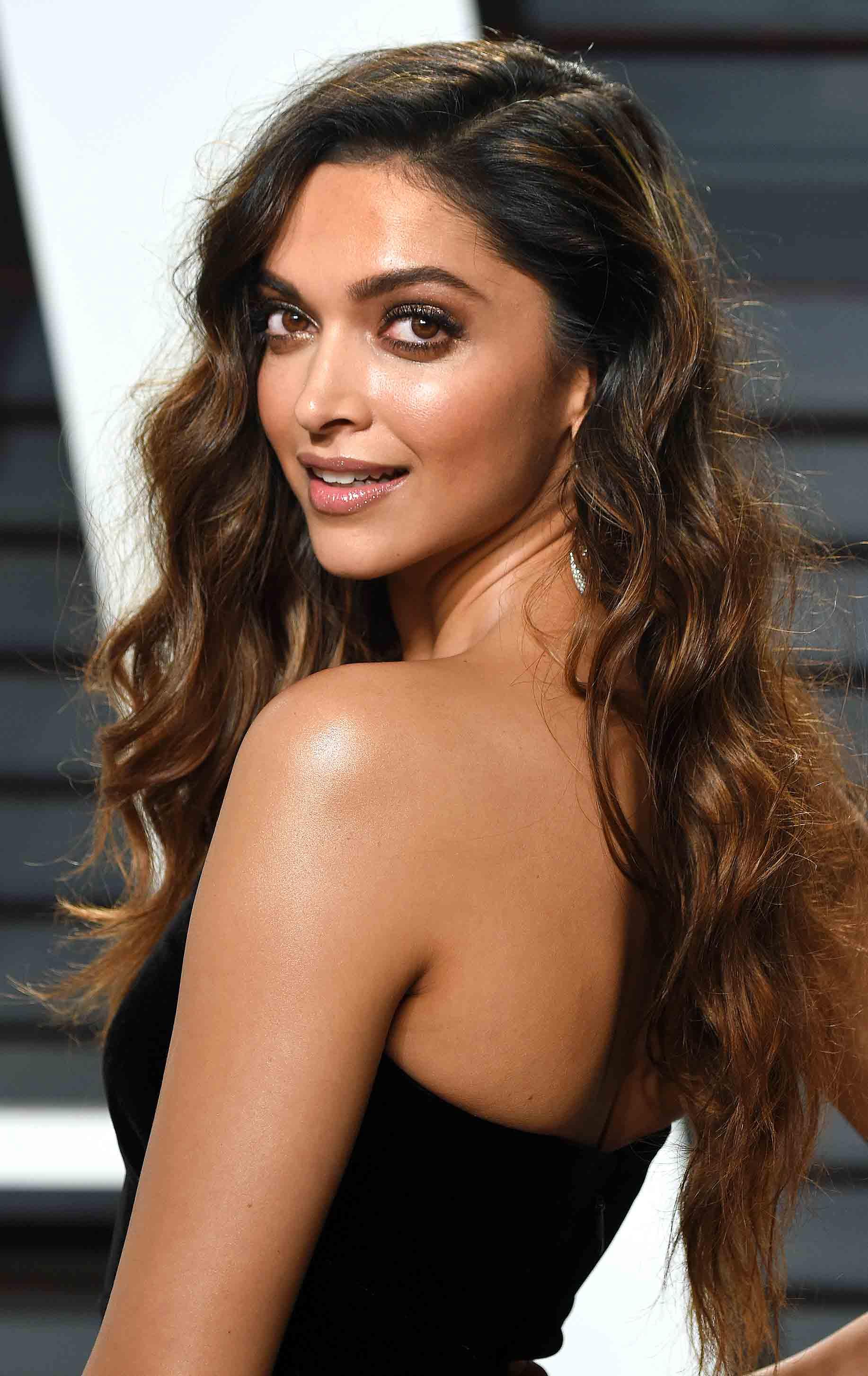 Commit Deepika padukone hair phrase