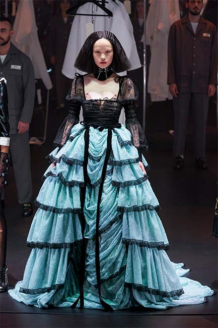 Layered full skirt and square necklines at Gucci A/W 2020