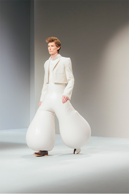 fashion-inflatable-trousers-menswear