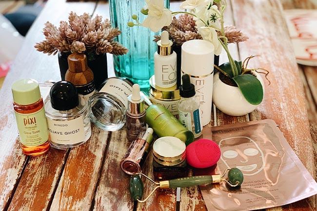 What'sIn My Beauty Closet: Shaleena Nathani