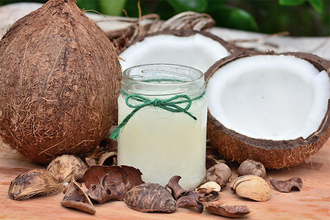 How Does Coconut Oil Help In Skincare