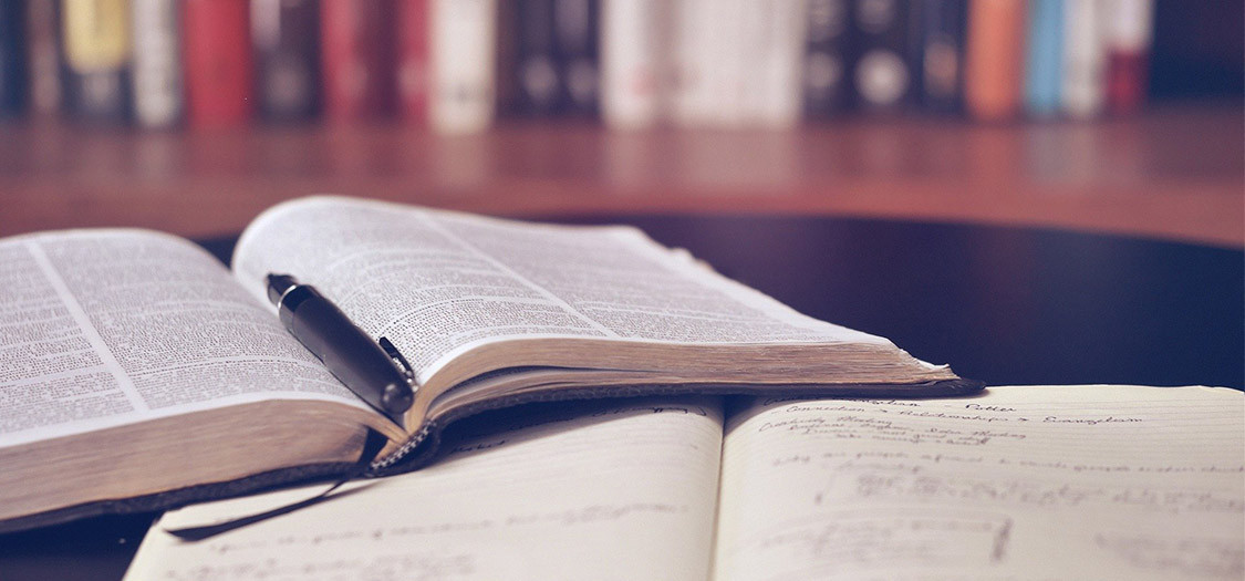 4 Finance Books That Are A Must-Read For Every Beginner
