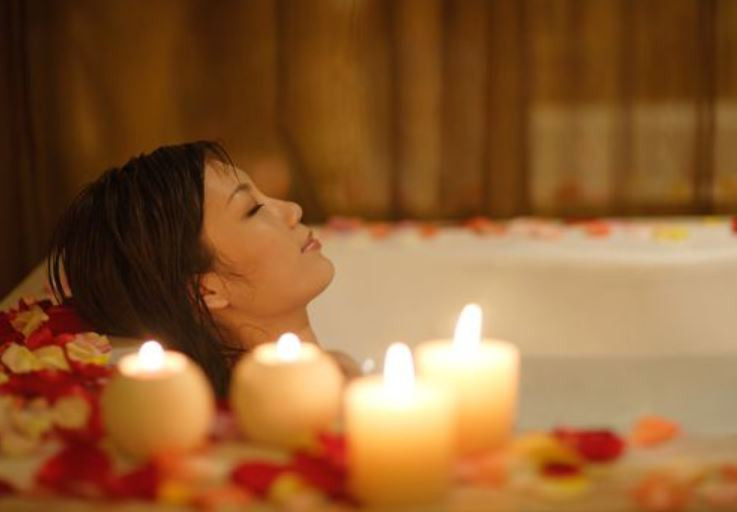 How To Manage Stress: Aromatherapy