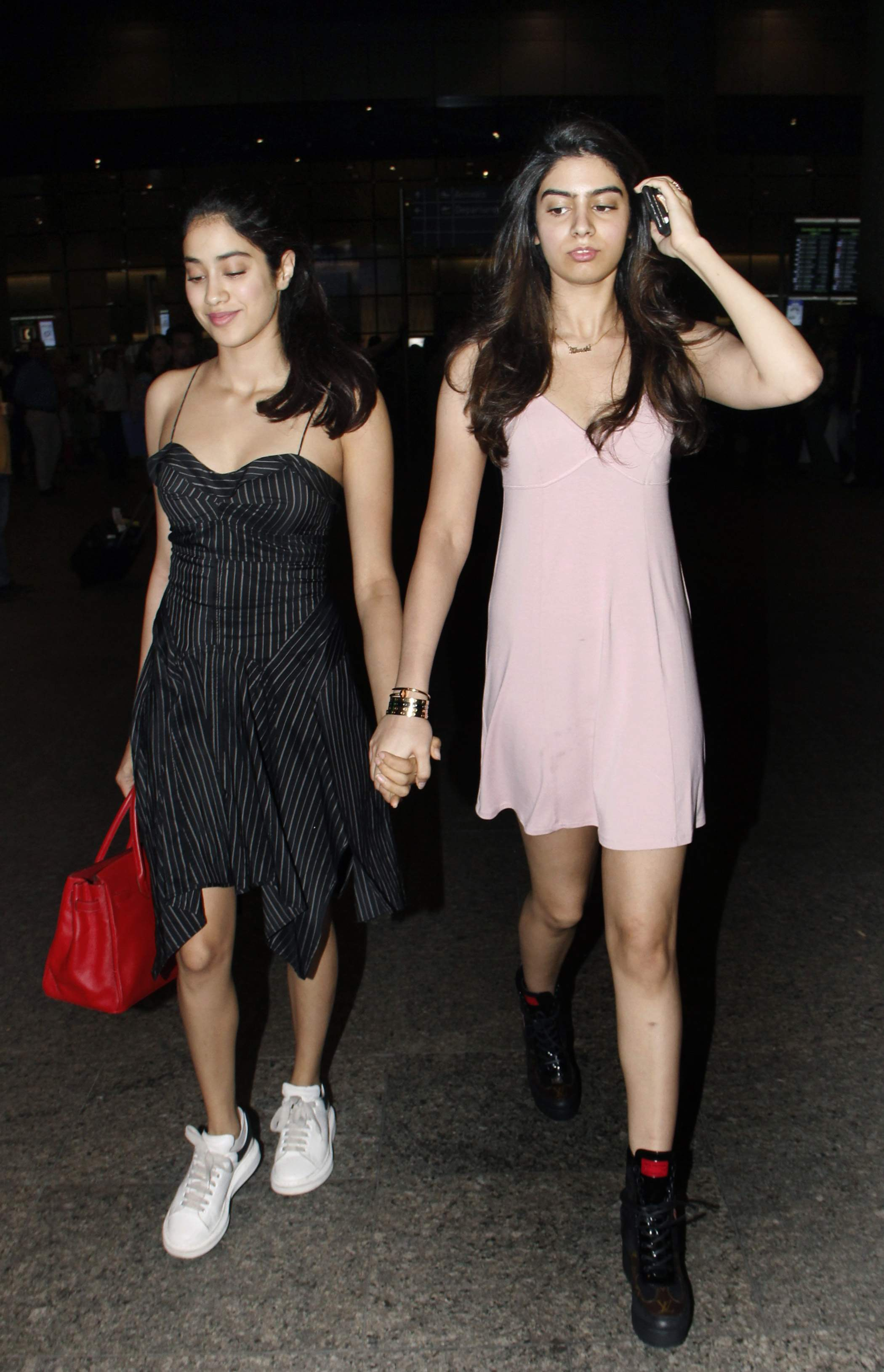 Jhanvi and Khushi Kapoor